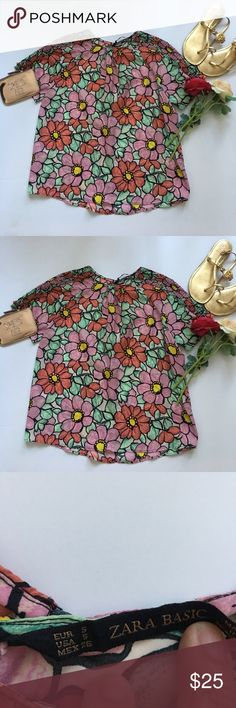 ❤Zara Top❤ ❤In great used condition Zara Basic Floral Top in size Small❤Very colorful and vibrant❤Made of 💯 Polyester❤Has a small opening on the back❤Please see all photos❤ Zara Tops