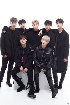 (170516) @MercuryTokyo_UM Twitter update  Tomorrow's Japanese debut is quickly approaching ,❗️❗️   The 7 members interviews showcasing their charms have all been uploaded ✨   Here is the page for the publication ➡ smarturl.it/MX0516         #MONSTAX_JP_DEBUT_0517    translated by fymonsta-x ϟ