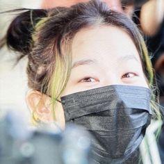 Image about red velvet in # seulgi ! My Girl, Cool Girl, Riot Grrrl, Kang Seulgi, Red Velvet Seulgi, Cute Icons, I Love Girls, Green Hair, Ulzzang Girl