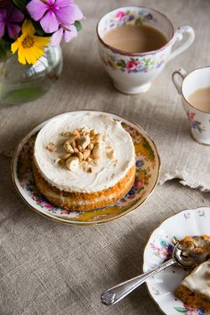 Raw carrot cake with cream cheese icing