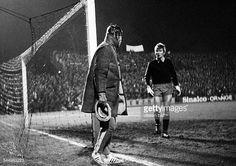 Football Germany European Cup Winners Cup quarter final return leg 1969/1970 FC Schalke 04 versus Dinamo Zagreb 10 Stadium Glueckaufkampfbahn in...