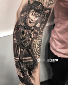 Woody de Toy Story para mí tata So. Pronto seguimos con el brazo en @cosafina_tattoo #cosafinatattoo #carlosfabra #love #toystory #disney #woody #tat #tattoo #tattoos #children #friends #radiantcolorsink #inked #bnginksociety #thebesttattooartists #thebestbngtattooartists #thebestspaintattooartists