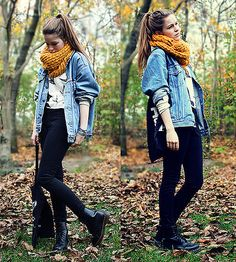 Punky-chic Doc Martens lend the finishing touches on a worn denim jacket. Hipster Outfits, Cute Outfits, Fashion Outfits, Womens Fashion, Trendy Outfits, Fall Winter Outfits, Autumn Winter Fashion, Fall Fashion, Winter Style