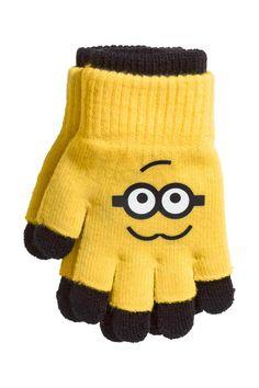 Minionkowe rękawiczki w H&M