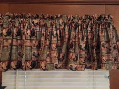 "Country Rooster Scratch Feed  Kitchen Valance ~ 42"" Wide by CheriesSewCrafty on Etsy"