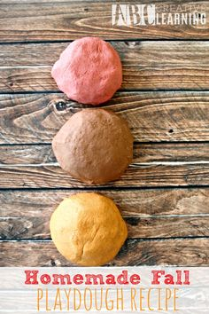Homemade Fall Playdough Recipe! Perfect for brining favorite fall scents such as Pumpkin Spice Apple Pie, and Cinnamon into the home! - abccreativelearning.com