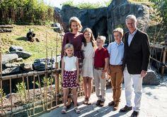 Koninklijke familie op gezellige gezinsuitstap naar Paira Da... - Het Nieuwsblad: http://www.nieuwsblad.be/cnt/dmf20150711_01772929