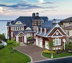 Architecture modern mansion Exquisite US Bayfront Estate Inspiring Positive Holiday Vibes