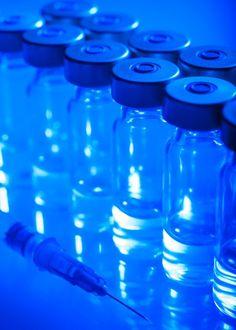 Transport farmaceutyczny to odpowiednia logistyka oraz opakowania, które należy wybrać dla danej grupy przesyłek. Do zespołu specjalistów firmy OCS należy ustalenie szczegółów realizacji transportu specjalistycznego w tym przesyłek farmaceutycznych, sposobu i terminu odbioru oraz doręczenia przesyłki. Przesyłki farmaceutyczne oraz medyczne realizowane są w jak najkrótszym czasie z zachowaniem kontrolowanej temperatury.