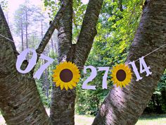 This would be cute with fall colored leaves in the background. Custom Save The Date SUNFLOWER Wedding by SweetPaperSprinkles, $6.00