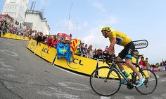 Tour De France 2013 - Stage Chris Froome becomes the first British man to take victory on the Mont Ventoux Chris Froome, Vincenzo Nibali, Tv, Stage, The Mont, Olympic Sports, British Men, Grand Tour, Road Racing