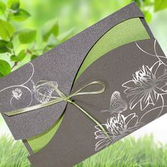 Invitation Cards Wedding with Envelope! Mountain Wedding Invitations, Luxury Wedding Invitations, Wedding Invitation Cards, Birthday Invitations, Birthday Cards, Invitations Online, Small Wedding Bouquets, Simply Knitting, How To Make An Envelope