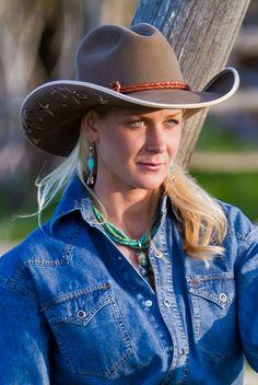Canyon Tan on Saddle Gus Cowboy Hat
