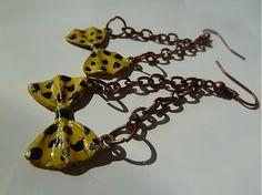 Žlté bodkované na retiazke by Martinuska - SAShE.sk - Handmade Náušnice