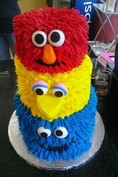 Another cool cake from Sugar Buzz Bakery in Cape Girardeau, MO.