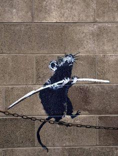 Banksy – Rat on Chain – iPad Retina Wallpaper for iPhone X, 8 Plus, 7 Plus, Plus Street Art Banksy, Banksy Graffiti, 3d Street Art, Arte Banksy, Banksy Rat, Banksy Artwork, Urban Street Art, Murals Street Art, Amazing Street Art