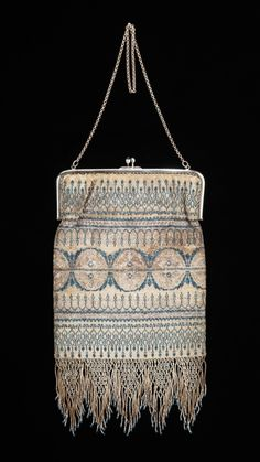 Evening purse ca. 1925 via The Costume Institute of The Metropolitan Museum of Art