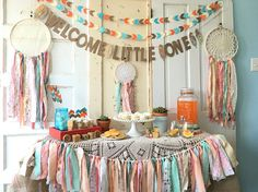 Welcome Little One Banner for Baby Shower. Baby Shower Decoration - Home Page Baby Shower Boho, Arrow Baby Shower, Shower Bebe, Baby Shower Signs, Girl Shower, Baby Shower Banners, Baby Shower Garland, Baby Shower Parties, Baby Shower Themes