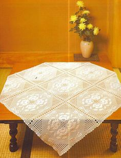 Crochet and arts: Tablecloth with roses(90 CM).