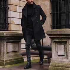 34 Comfy Winter Fashion Outfits for Men in 2018 Mens Boots Fashion, Latest Mens Fashion, Winter Fashion Outfits, Ropa Semi Formal, Winter Mode, Men Style Tips, Well Dressed Men, Gentleman Style, Mode Inspiration