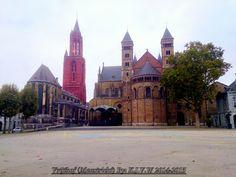 https://flic.kr/p/rTiYHS | Vrijthof (Maastricht) | I Used this Photo for many things.