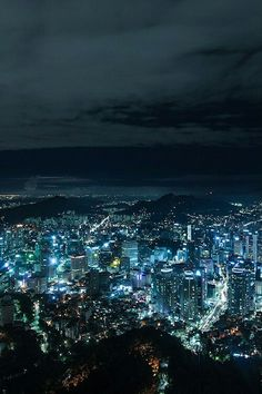 Сеул не мое фото Scenery Wallpaper, Galaxy Wallpaper, Anime City, Episode Backgrounds, City Aesthetic, Nightlights, City Landscape, Anime Scenery, City Photography