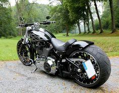 Harley Davidson News – Harley Davidson Bike Pics Harley Davidson Custom Bike, Harley Davidson Chopper, Harley Davidson Motorcycles, Motos Harley, Harley Bikes, Harley Wheels, Custom Street Bikes, Custom Bikes, Ducati