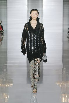 623be8a72cd2d See all the runway and model photos from the Balmain Spring Summer 2019  Women Ready-to-Wear collection.