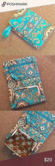 🌙NIGHT OWL SALE! Vera Bradley wallet Sale price good until Thursday 11/10 9 AM EST. Vera Bradley Bags Wallets