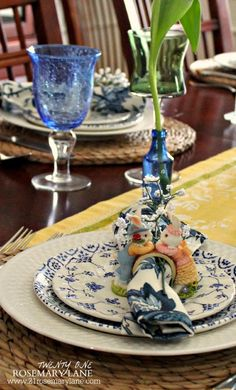 21 Rosemary Lane: Share Your Style Spring Blog Hop ~ A Garden Tablescape