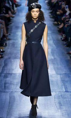 ecde640df87a Платье без рукавов Осень Зима, Осень, Кристиан Диор, Женская Мода,  Парижская Мода