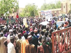 Kano residents protest presence of Chinese textiles in their market