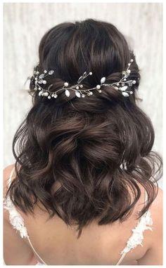 Prom Hairstyles For Short Hair, Simple Wedding Hairstyles, Down Hairstyles, Bridesmaid Hairstyles, Hairstyles Videos, School Hairstyles, Medium Length Wedding Hairstyles, Easy Hairstyles, Office Hairstyles