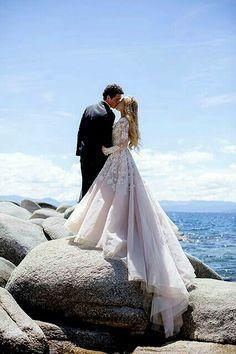 Beautiful dress and photo-Hayley Paige Bridal Dresses Wedding Photos Wedding Goals, Wedding Pics, Wedding Ideas, Wedding Beach, Beach Party, Dream Wedding Dresses, Modest Wedding, Gown Wedding, Party Wedding