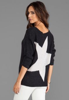 360 Sweater Randi Star Pullover in Charcoal