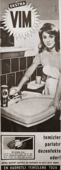 OĞUZ TOPOĞLU : vim 1963 nostaljik eski reklamlar Viria, Old Poster, Advertising History, Old Ads, Nostalgia, Vintage Advertisements, Once Upon A Time, My Childhood, Retro