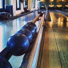 duckpin bowling rules ©2017 pins mechanical co   all rights reserved pins mechanical co   rules page 3 scoring for teams with at least 4 bowlers: the 4 scores will be recorded for.