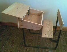 Old schooldesk