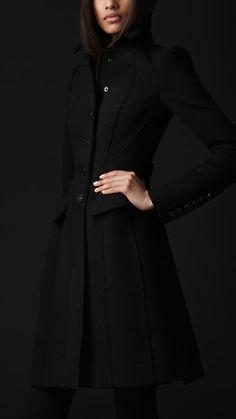 ***Sale***Crêpe Wool Tailored Coat | Burberry (Black, 40)