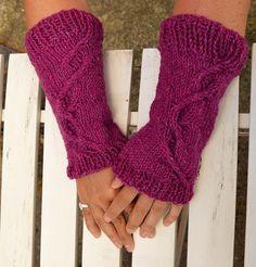 Pulswärmer - Warme Pulswärmer aus Schurwolle in Tweed Look - ein Designerstück von wollkaethe bei DaWanda
