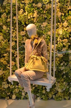 Eickhoff shop windows Spring, Düsseldorf visual merchandising