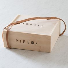 Wood PieBox with Leather Strap Bundle