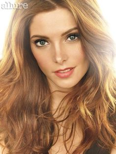 hair and makeup, soft and pretty Ashley Greene
