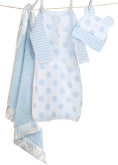 Top Baby Gift! Little Giraffe Starter Kit in blue, celadon or pink available at @LaylaGrayce #laylagrayce #baby #gift