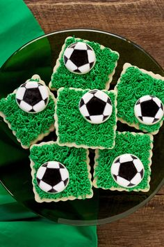 Soccer Cookies- Simple Cut Out Sugar Cookies Decorated with Royal Icing www.thebearfootbaker.com