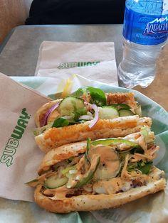 Subway  Saint-Jean-sur-Richelieu (Québec) Sandwiches, Tacos, Mexican, Restaurant, Ethnic Recipes, Food, Eten, Paninis, Restaurants