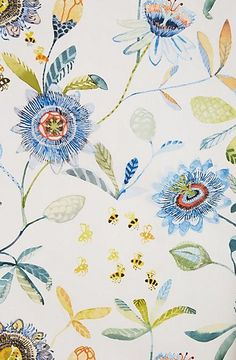 ≗ The Bee's Reverie ≗  Garden Buzz wallpaper from Anthropologie