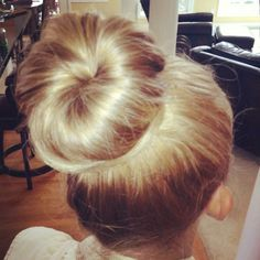 easy and elegant sock bun