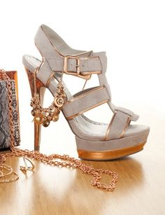 Rose gold- the must have metallic this spring!