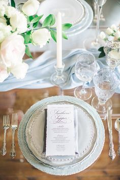 Graceful+Silver+and+Blue+Wedding+Decor+with+White+Flowers
